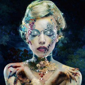 Close Up Artistieke Vrouw Make Up Botanisch Glas Schilderij 80x80