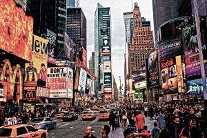 Glas schilderij bruisende Time Square 120x80