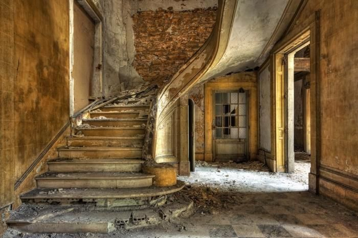 Foto Kunst Schilderijen: Industrieel Victoriaanse Verlaten Huis Glas Schilderij 160x110