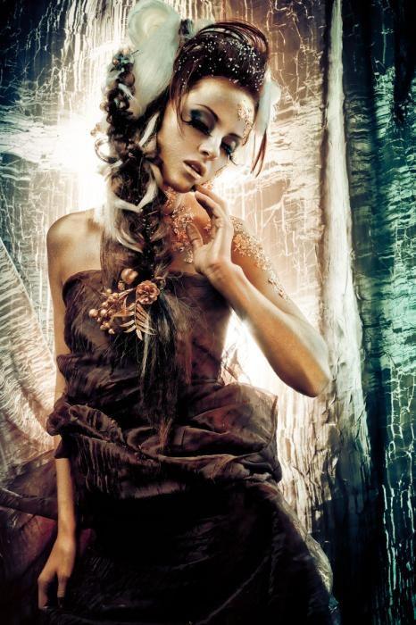 Figuratieve Schilderijen: Herfst Vrouw Gevlochten Haar Glas Schilderij 110x160