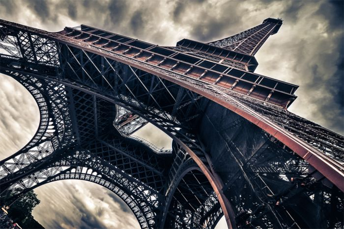 Foto Kunst Schilderijen: Adembenemende uitzicht op de onderkant van de Eifel toren