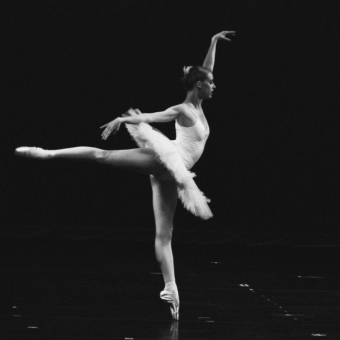 Figuratieve Schilderijen: Dansende Ballerina MOves Collectie Wandkraft Schilderijen
