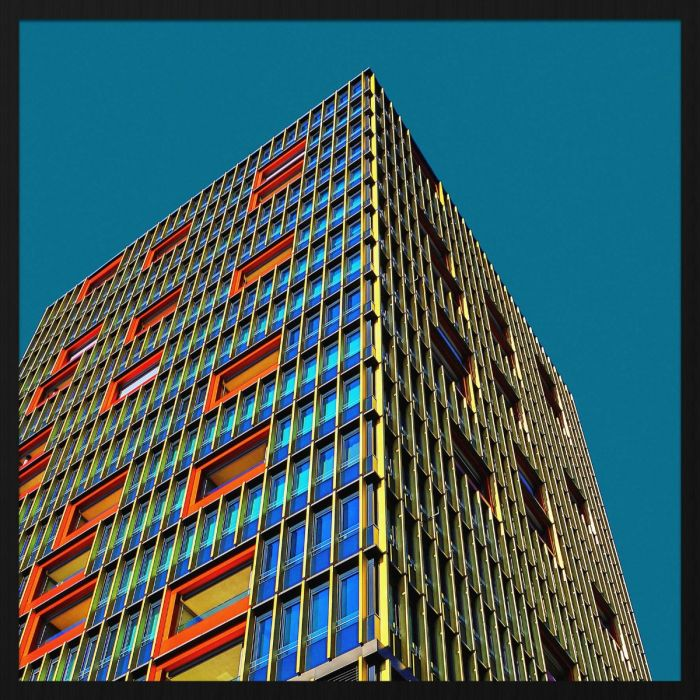 Foto Kunst Schilderijen: Rhythm Of The City Wandkraft Collectie Forex Schilderij Kleurrijk Flatgebouw Zurich