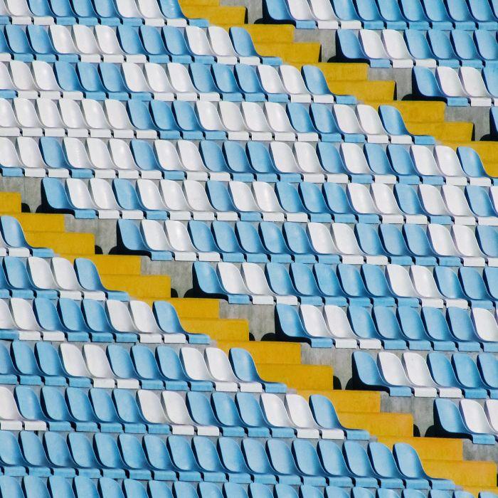 Foto Kunst Schilderijen: Rvs Schilderijen Wandkraft Rhythm Of the City Collectie Satdion Blauw Wit Gele Traploper